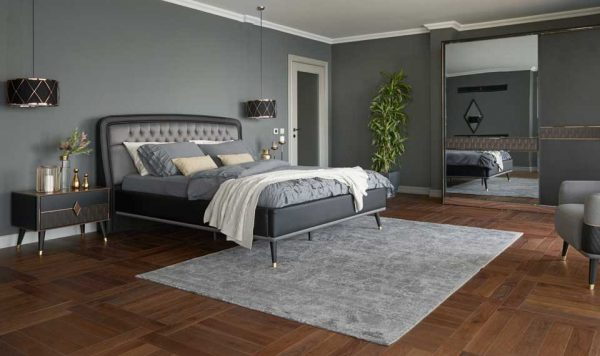 Diamond Bed With Nightstands